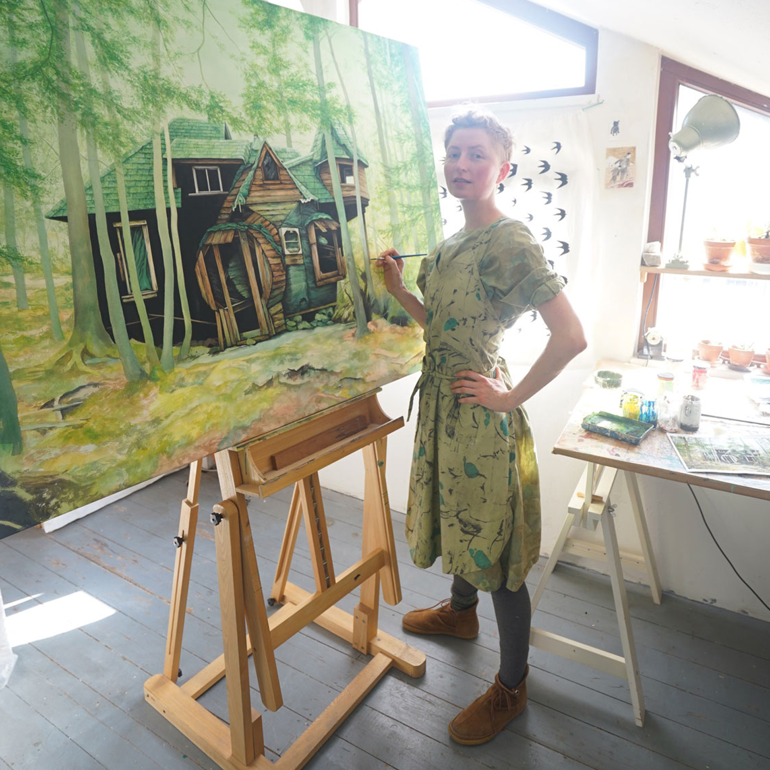 moki in her studio